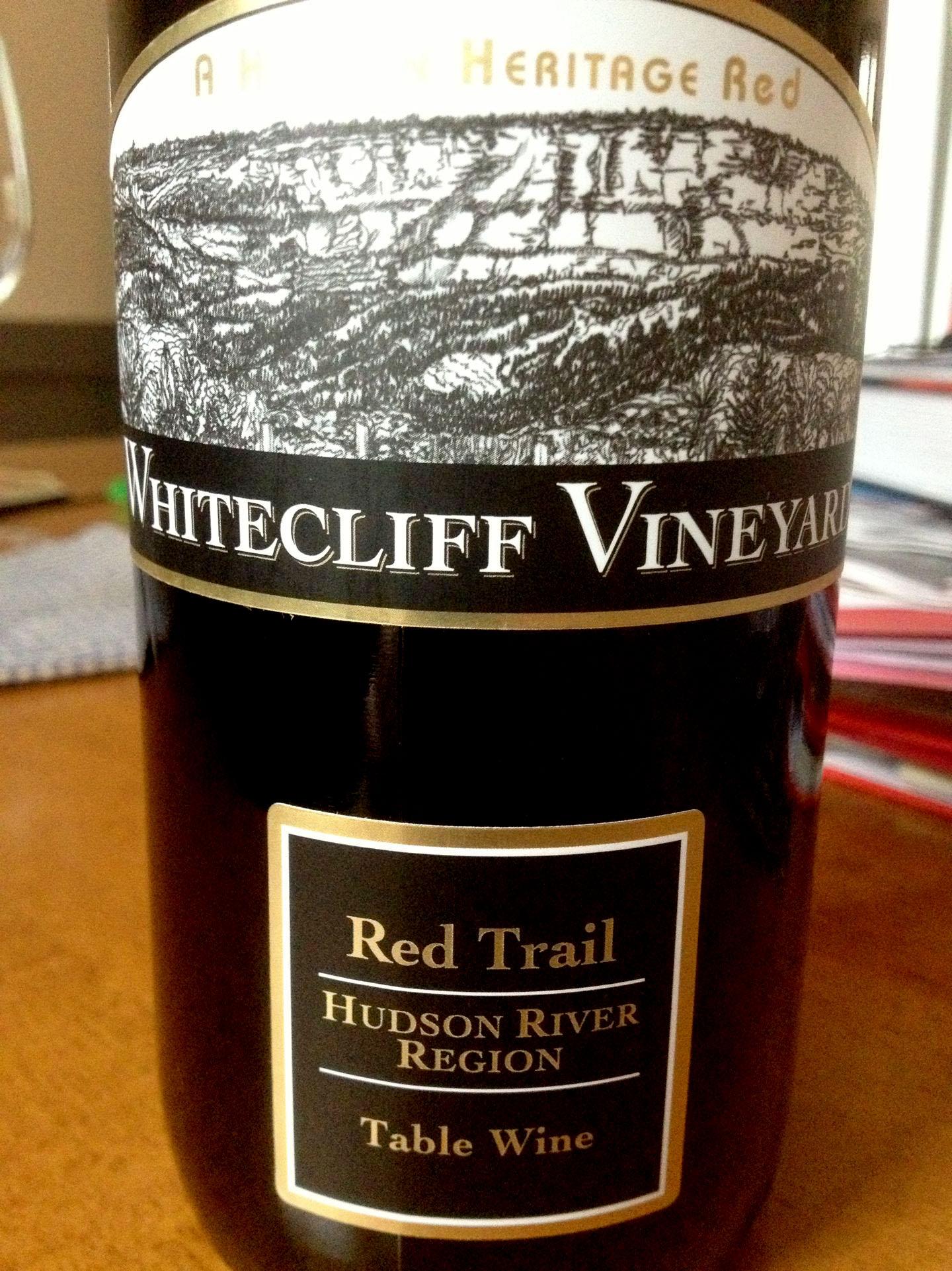whitecliff-redtail