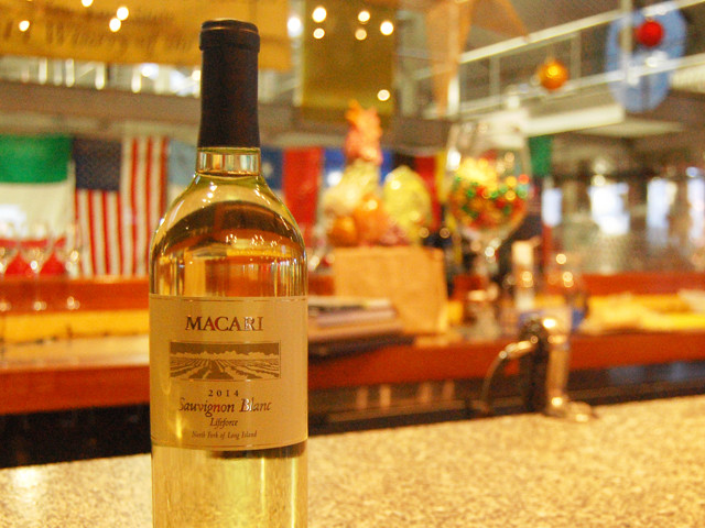 macari-2014-lifeforce-sauvignon-blanc
